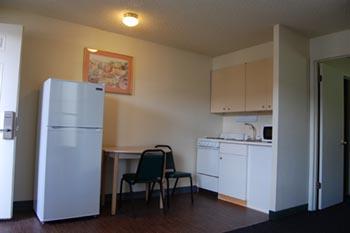 kitchen room kitchen - Weekly Motels With Kitchenette